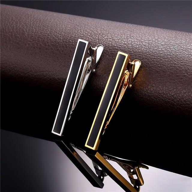 Elegant Enamel-Decorated Men's Tie Clip